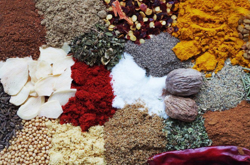 Wertvolle Inhaltsstoffe von Gewürzen sind Bestandteil in Arzneien