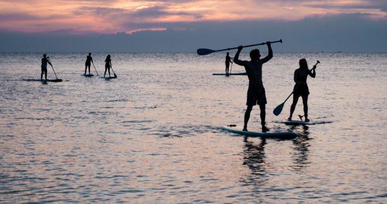 Stand-up-paddling ist der fitte Sommerspaß