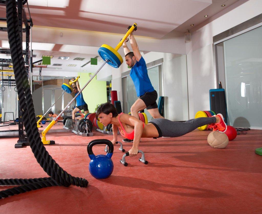 Beim Supersatz-Training werden Deine Muskeln bis an die Grenze der Belastbarkeit angespannt