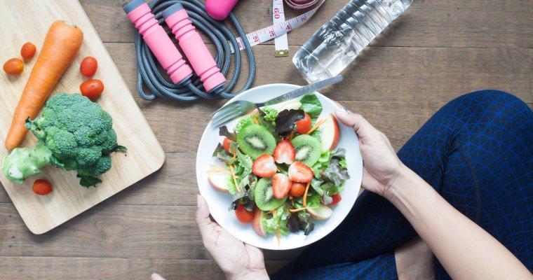 So berechnest Du Deinen täglichen Kalorienbedarf