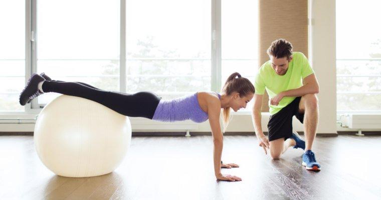 6 tolle Übungen mit dem Pezziball