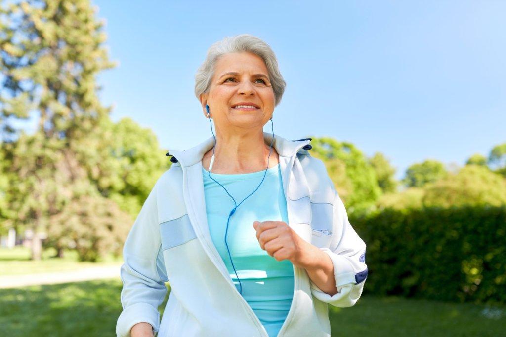 Schnelles Walking hält jung und gesund
