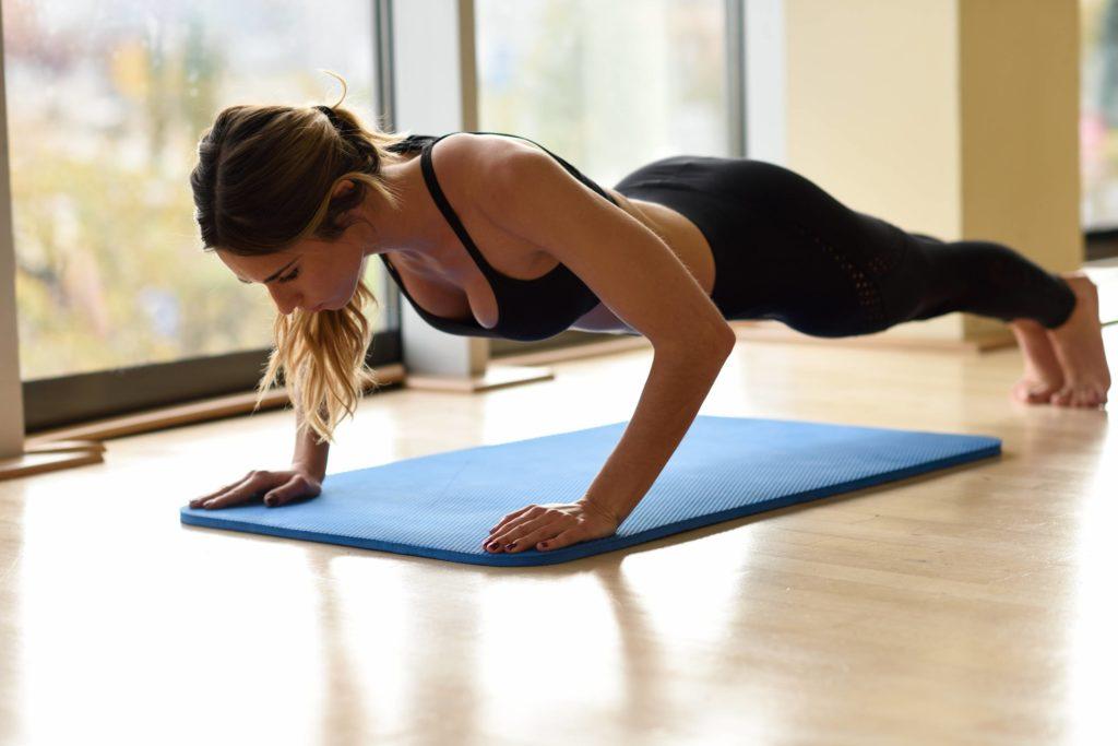 Liegestütze trainieren viele Muskeln