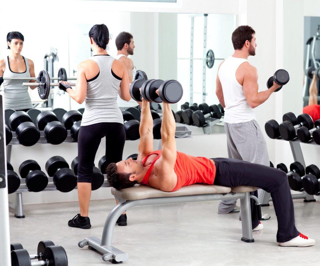 Anfänger starten ihren Muskelaufbau mit einem Kraftausdauertraining